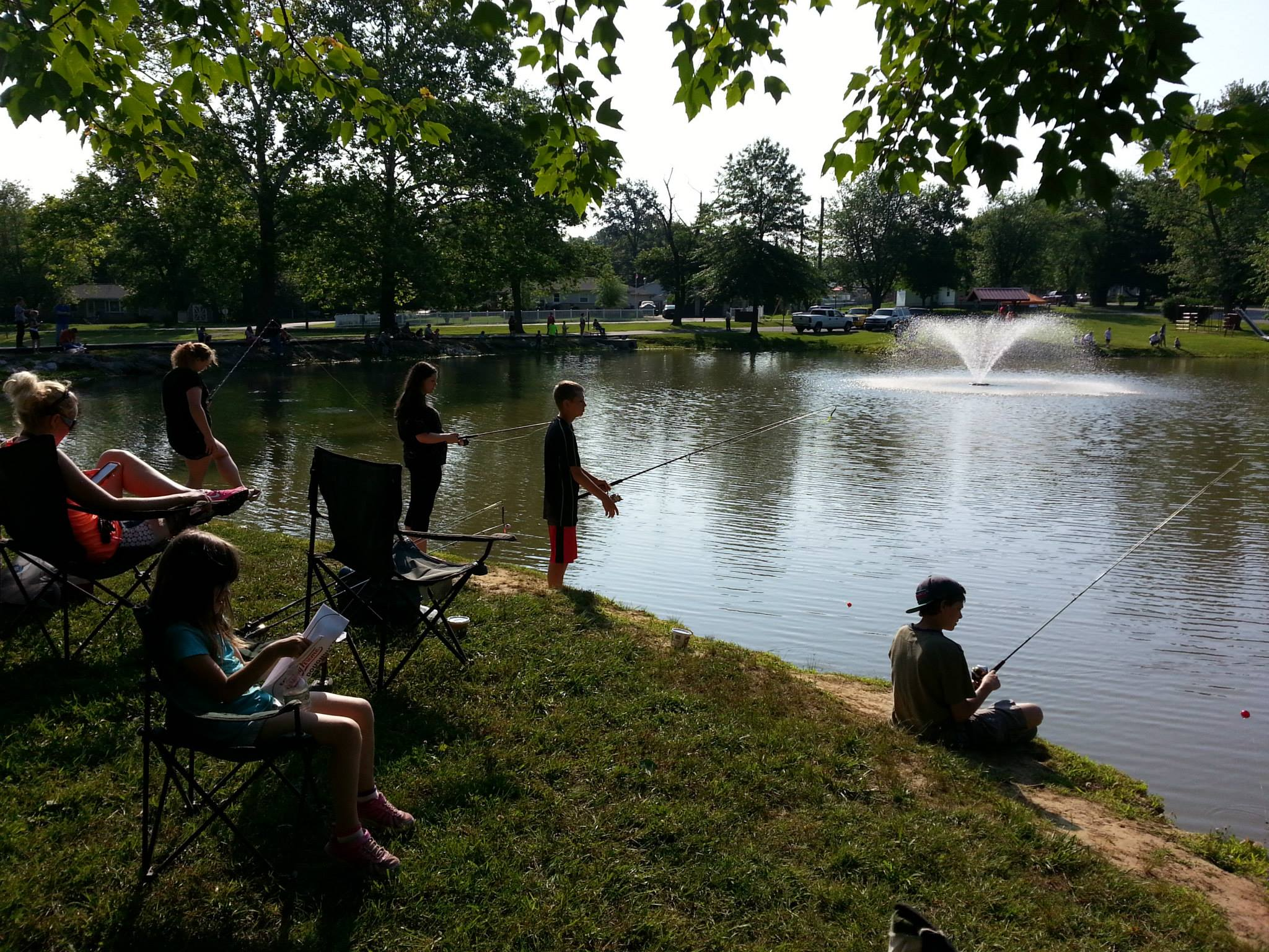 Kids catch 86 fish at youth fishing tournament town of for Bon tempe lake fishing